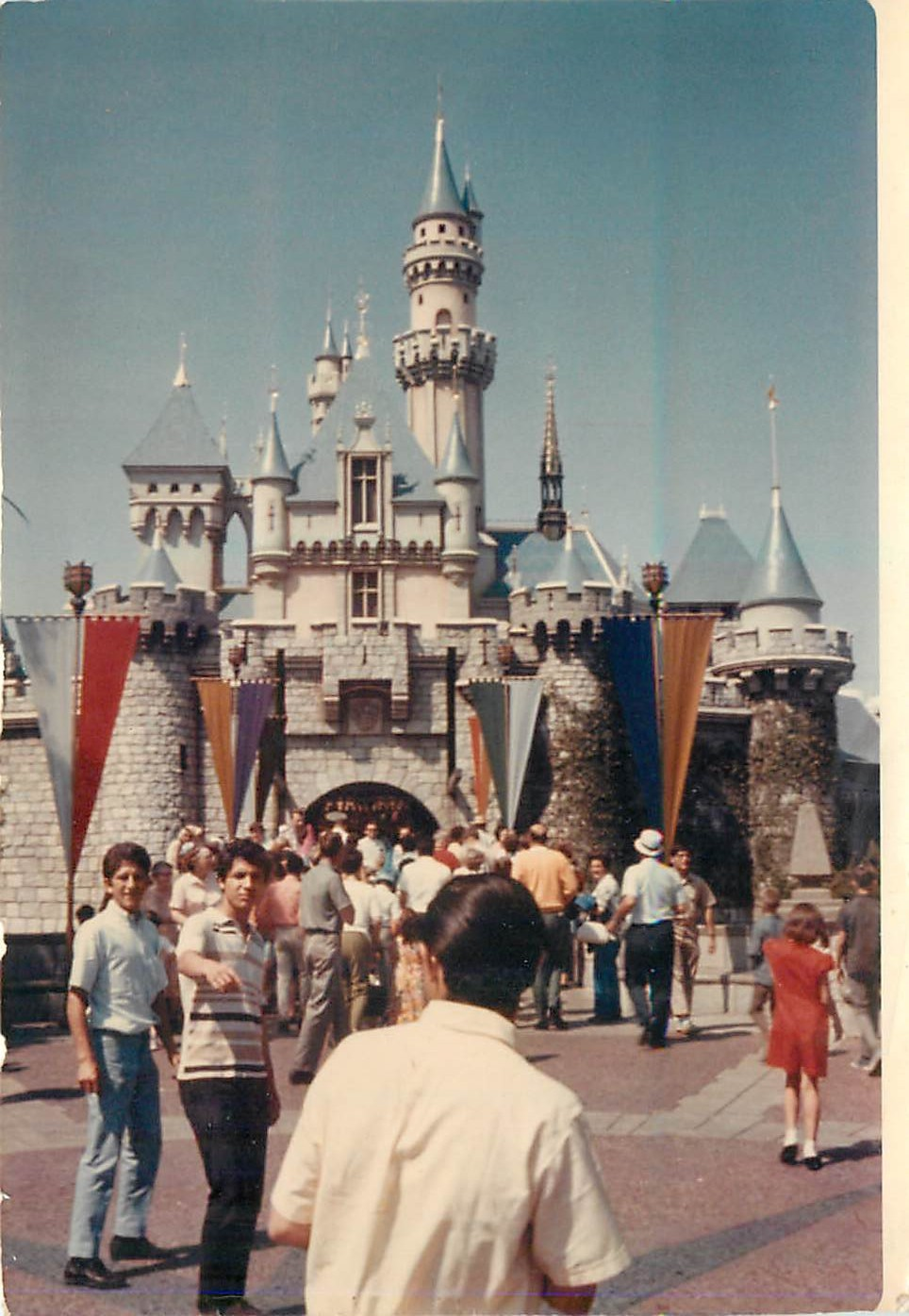 Found Disneyland Photos From 1972