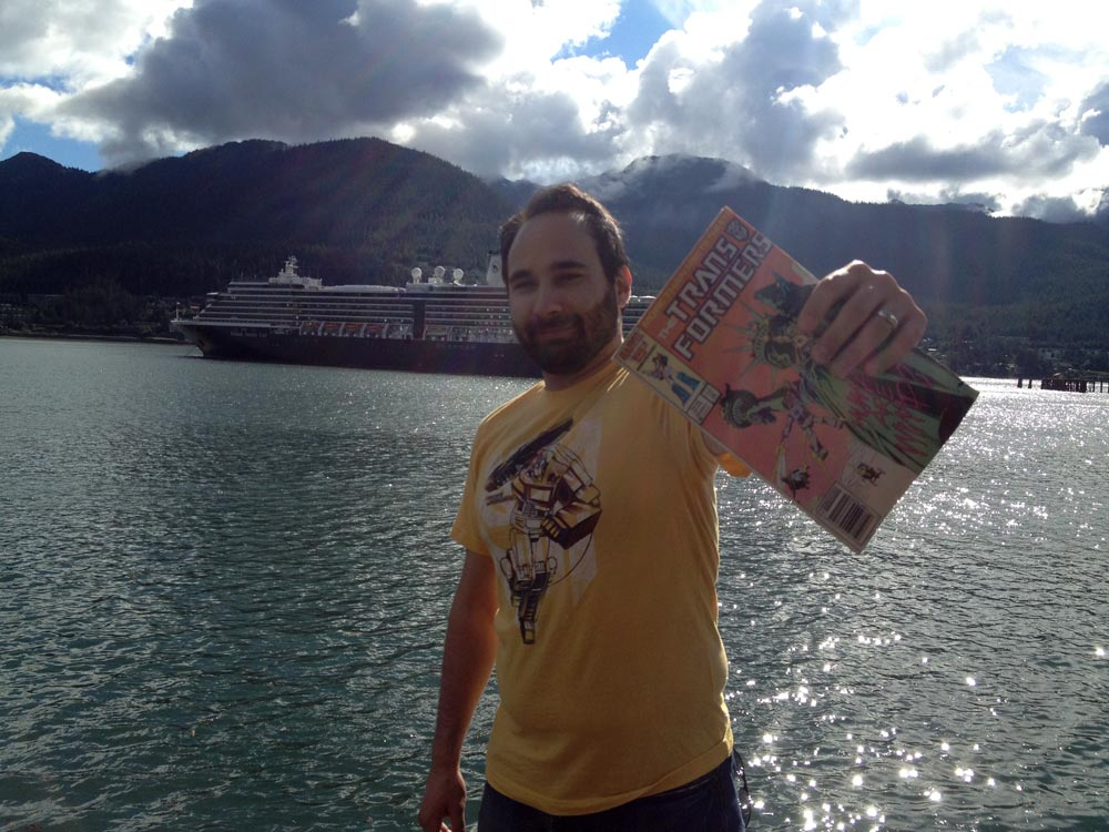 Transformers Review Issue 23: Decepticon Graffiti!
