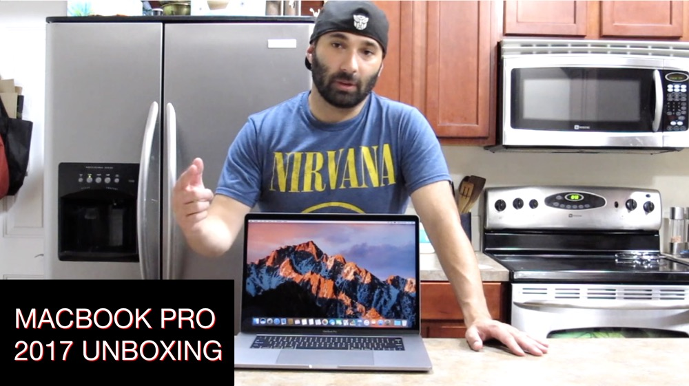 Macbook Pro 2017 Unboxing
